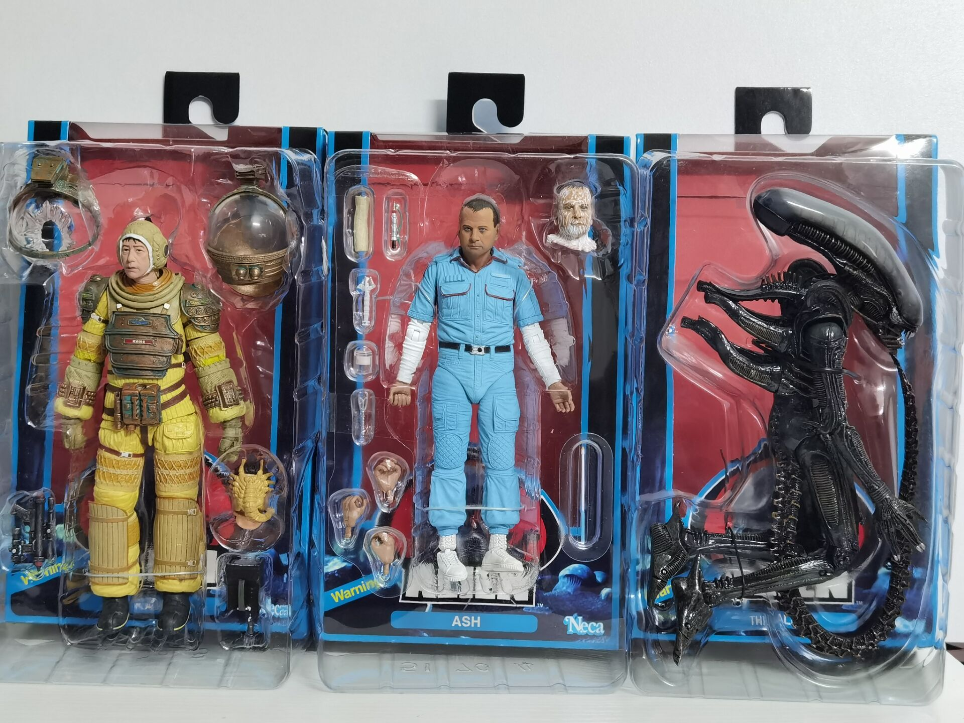 3 pz/set 18cm NECA Alien Kane Ash Figure sanguinante Brett Parker Action Figures 40 ° anniversario modello Toy Doll regalo