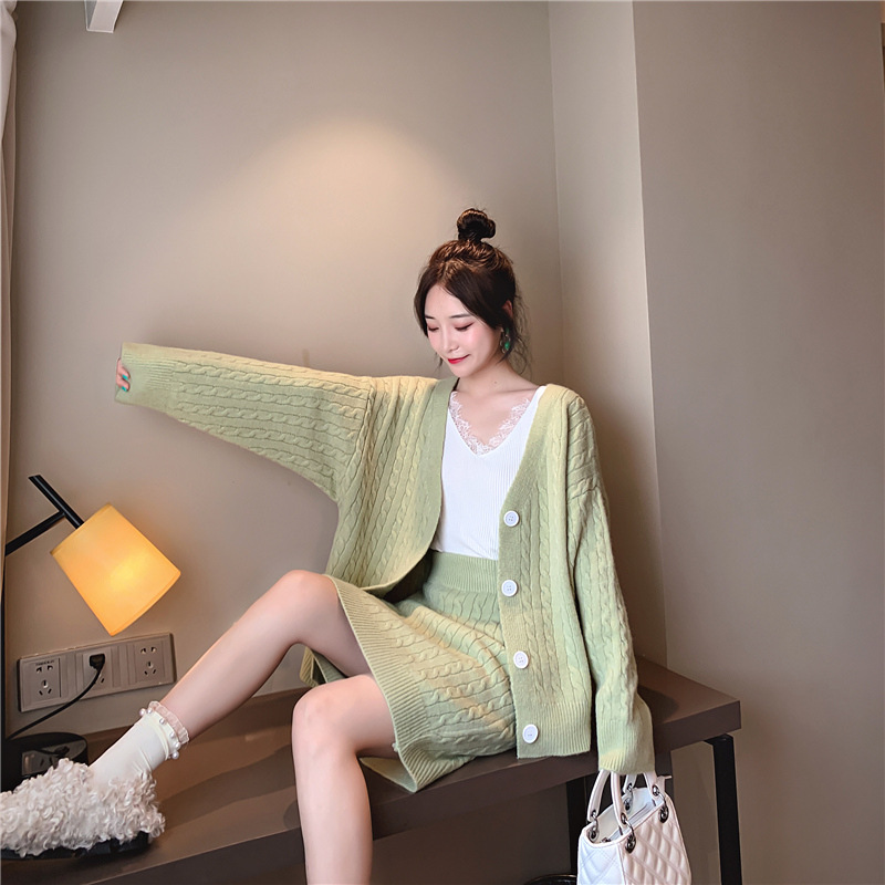 2019 Autumn New Style Soft Milk Blue Sweater WOMEN'S Cardigan Tops Set Early Autumn Skirt Knitted Piece Korean