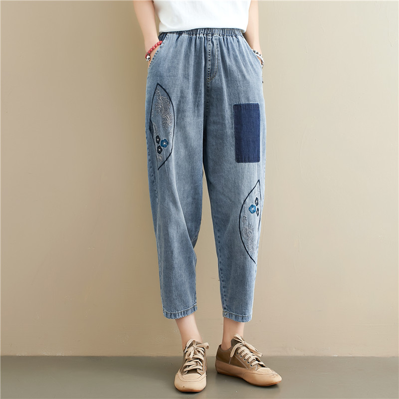Elastic Waist Embroidered Patchwork 9 Points Denim Capri Pants Cropped Jeans for Women