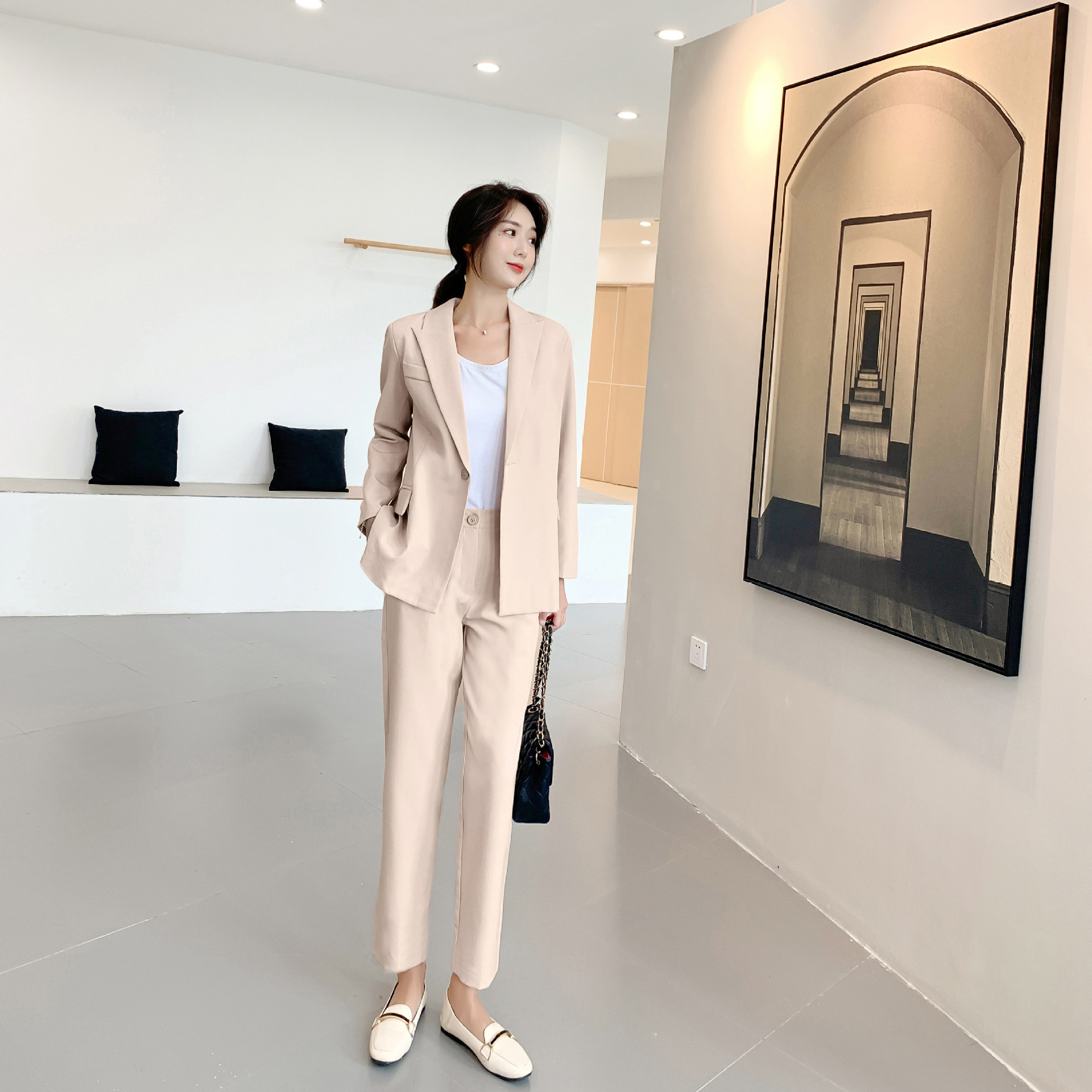 Women's Suit 2019 Autumn New Casual Fashion Temperament Slim Slimming Solid Color Single Buckle Small Suit Trousers Two-piece
