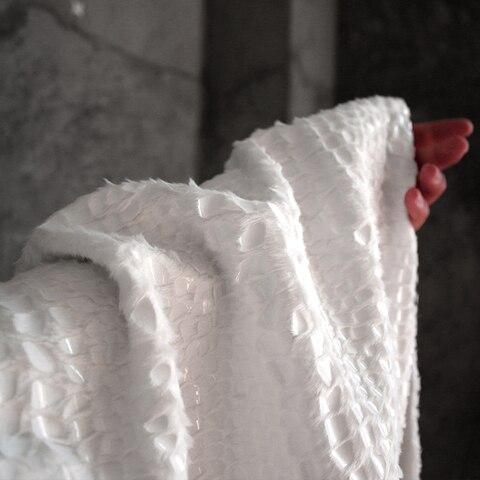 Tecido de Inverno de Outono da Textura Grossa da Grama do Luxuoso da Pele do Falso Tecidos do Desenhista do Revestimento para Retalhos Pesada Branca Preta Re-projetar