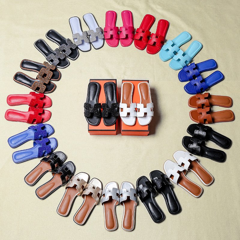 2020 New Slippers Female Summer Fashion Outer Wear Outdoor Flat Yi Zi Tuo H Type Rhinestone Red Wild Sandals And Slippers