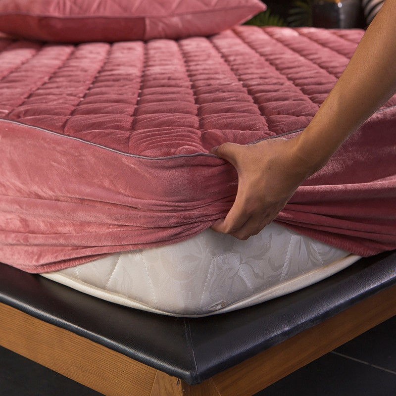 Plush Thicken Quilted Mattress Cover Warm Soft Crystal Velvet King Queen Quilted Bed Fitted Sheet Not Including Pillowcase(China)