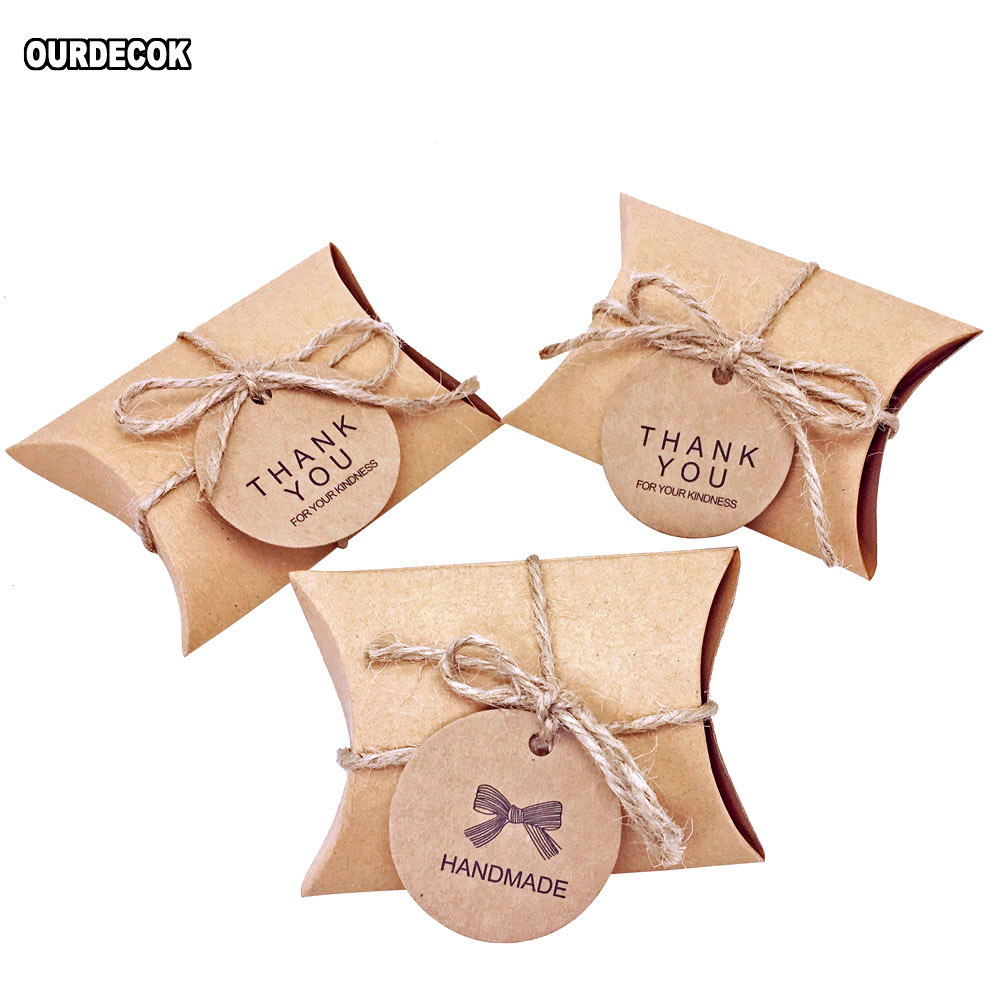 100 Pcs/Lot Cute Kraft Paper Pillow Candy Box Wedding Favors Gift Candy Boxes With Tags Home Party Birthday Supply
