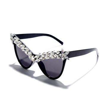 Kocie oko ręcznie punktowe diamentowe okulary przeciwsłoneczne damskie 2020 modne dzikie trendy uliczne designerskie okulary przeciwsłoneczne modne okulary na wszystkie mecze tanie i dobre opinie ONEVAN WOMEN Cat eye Dla dorosłych Z tworzywa sztucznego UV400 50mm 55mm frame multicolor Oval face fashion Universal Cat Eye Handmade