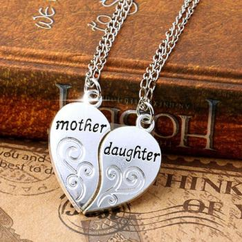 2Pcs/Set Mother Daughter Metal Pendant Necklace Sister Mom Heart Contacted Together Fine Jewelry Gifts image