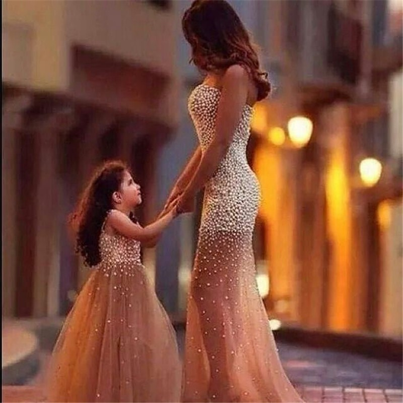 2020 Flower Girl Dress For Wedding Crystal Beads By Hand First Communion Dresses For Girls Mother And Daughter Matchin Dress