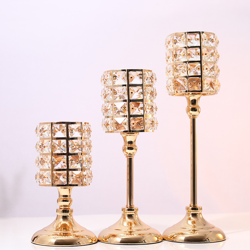 3pcs Exquisite Nordic Candlestick Ornaments Gold Crystal Candlestick Table Candle Holders for Home Christmas Wedding Decor Gifts