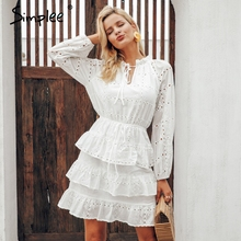 Simplee אלגנטי הולו מתוך לבן שמלת נשים 2018 קיץ רקמת קפלי תחרה עד שמלות מקרית streetwear bodycon שמלה