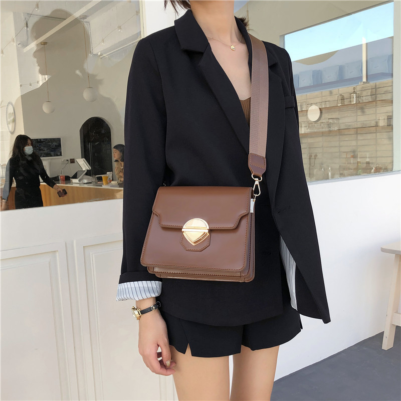 Mododiino Vintage Flap Bag Lock Crossbody Bag Women Bags High Quality PU Leather Messenger Bags Wide Strap Shoulder Bag DNV1393