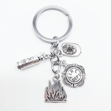 Popular New Fire Extinguisher Fireman Badge Fire Cap Pendant Key Chain Men and Women Fashion Key Ring Jewelry