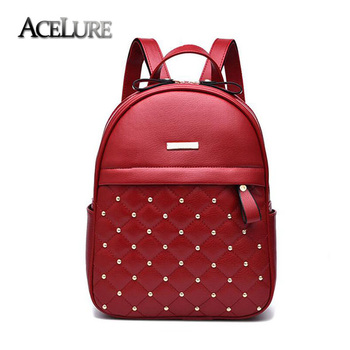Γυναικείο backpack με τρουκς
