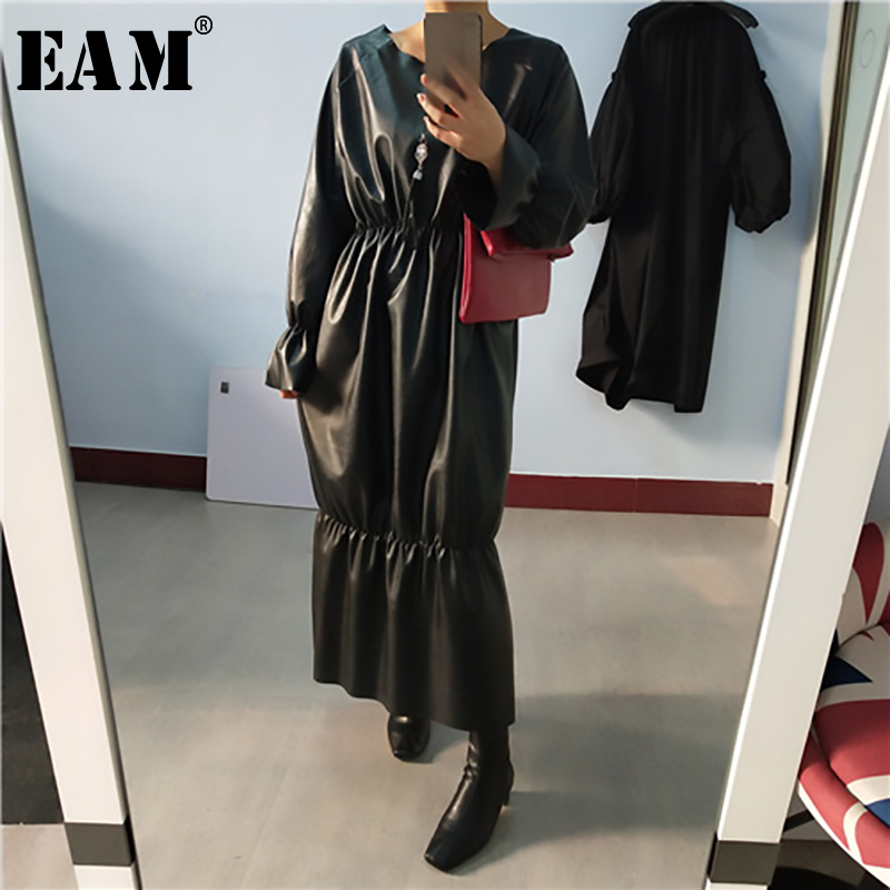 [EAM] Women Black Ruffle Pleated Pu Leather Big Size Dress New Round Neck Long Sleeve Loose Fit Fashion Spring Autumn 2020 1R198