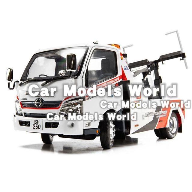 Hino 300 견인 트럭 용 다이 캐스트 모델 1:18 + small gift!!