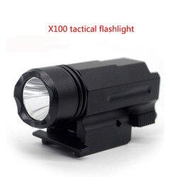 Taktyki X100 blask latarki 20mm klip LED blask białe światło latarka taktyczna zawieszenie latarka ptak finder w Oświetlenie na broń od Sport i rozrywka na