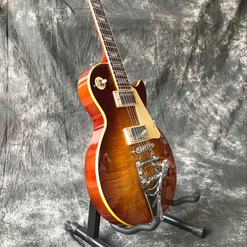 10s custom gf custom 50s flame sunburst aged Custom shop.Tiger Flame Standard Electric Guitar.Sunburst Jazz Gitaar,High quality pickups.vibrato system.Real photos