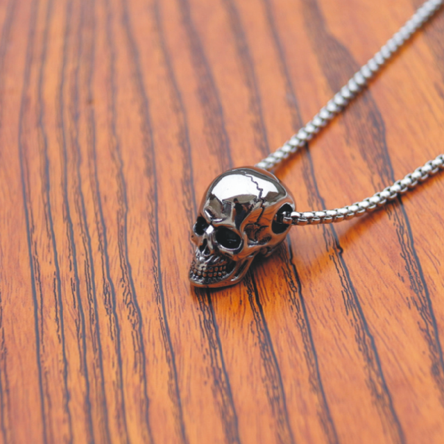 Skull Pendant Necklace 4
