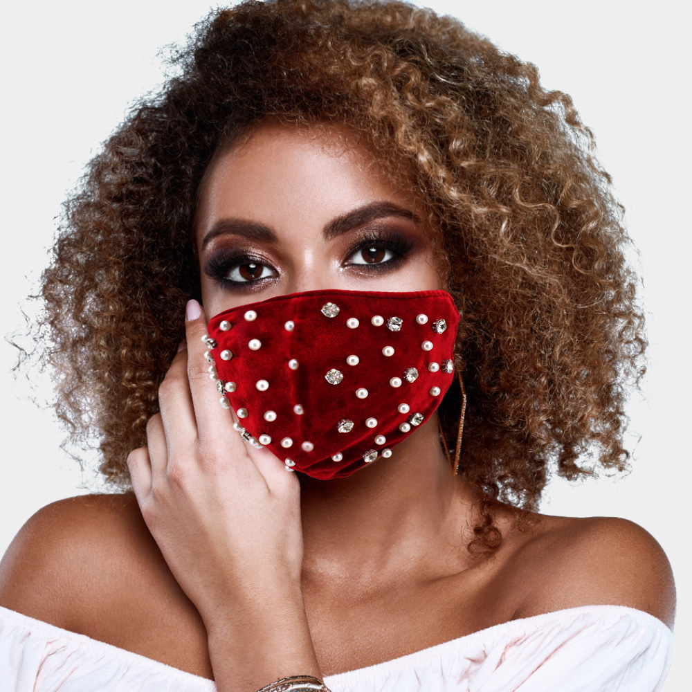 2021 New Fashion Gold Velvet Pearl Rhinestone Mask for Women Reusable Outdoor Windproof Warm Face Mask Luxury Party Masque