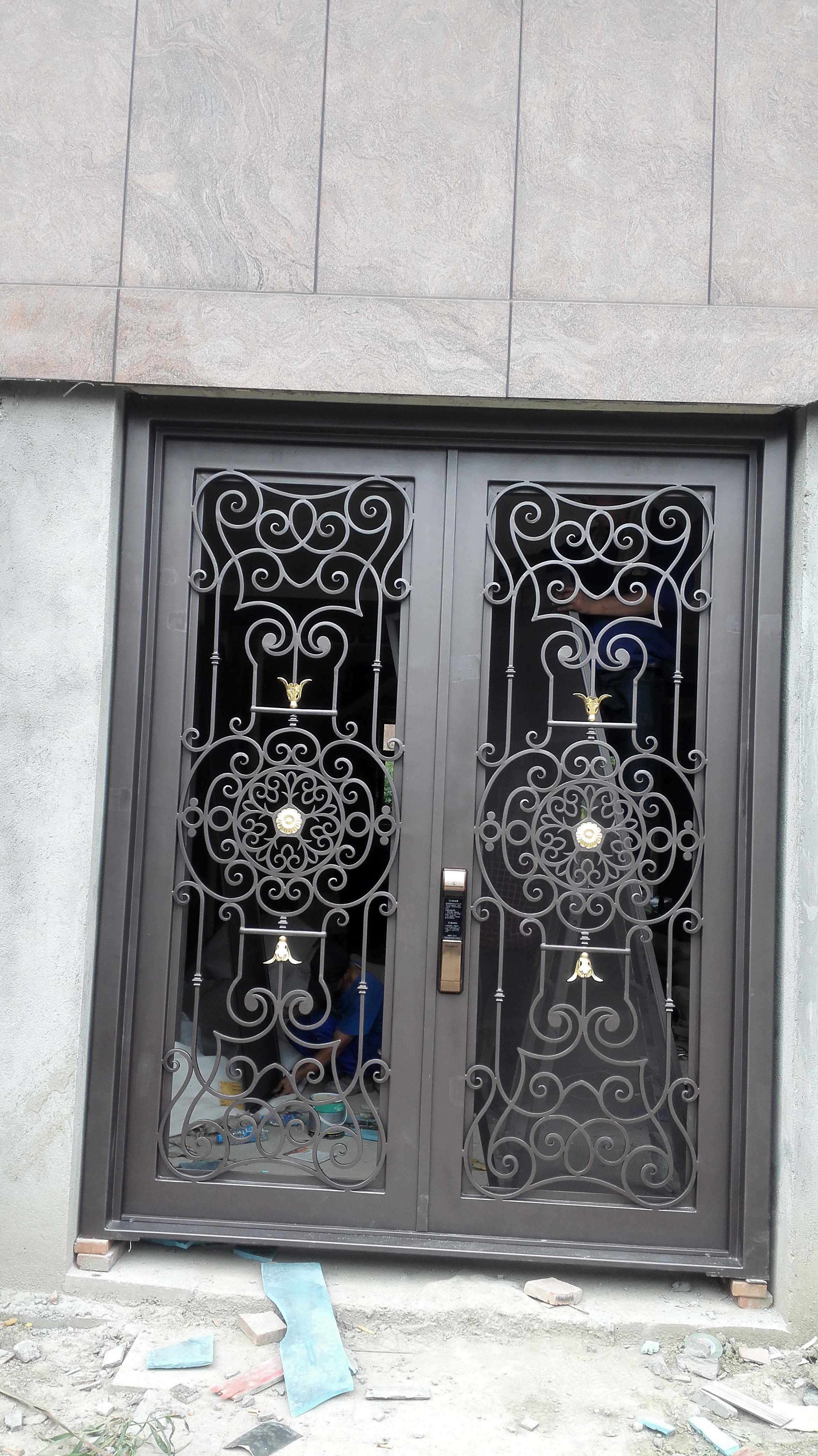 Shanghai Hench Brand China Factory 100% Custom Made Sale Australia Iron Entry Doors With Sidelights