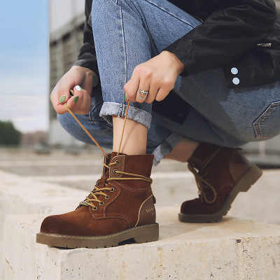 2019 Kar Botları Erkekler Yeni Hakiki Deri Askeri Yürüyüş Güvenlik Ayakkabıları Kadın Çizmeler Serseri kadın Yüksek yarım çizmeler Yüksek Kalite kadın