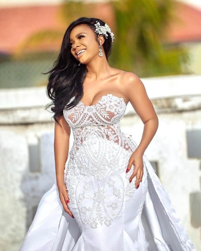 2020 African Mermaid Wedding Dresses Detachable Skirt Sweetheart Wedding Gowns Appliqued Satin Bridal Dresses Plus Size New