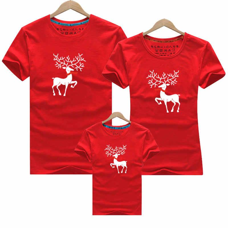 2019 Di Natale Mamma Figlia Vestiti Padre Figlio di Corrispondenza di Abbigliamento di Famiglia Sguardo Vestiti della Famiglia Papà Mamma T-Shirt del Ragazzo Del Fumetto Dei Cervi