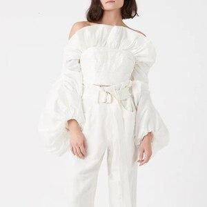 Image 3 - TWOTWINSTYLE dantelli Ruffles bluzlar bayan Slash boyun fener uzun kollu ince kısa gömlek kadın moda giyim 2020 gelgit