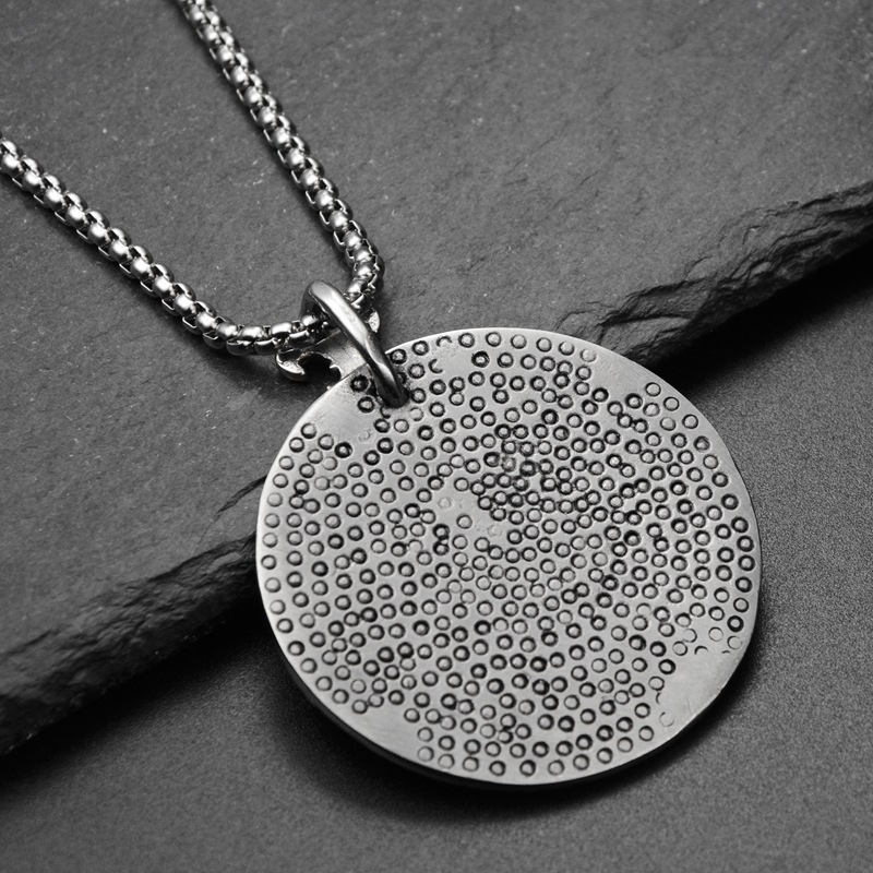 Купить с кэшбэком Simple Classic Pendant Necklace Flying Eagle Disc Necklace Long Stainless Steel Chain Statement Jewelry Choker Necklace for Men