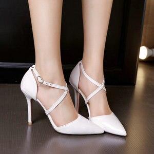 Image 5 - ZawsThia חצה רצועת נעלי נשים משאבות אבזם רצועת סקסי דק גבוהה עקבים שתי חתיכה עקבים מחודדת הבוהן צהוב גבירותיי נעליים 33 47