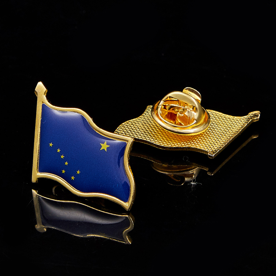 USA State of Alaska Flag Pin Brooch Gold Plated Flag Badge Jewelry Lapel Pins(China)
