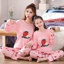 Семейные рождественские пижамы; Одинаковая одежда для мамы и