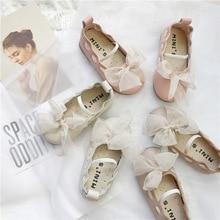 Обувь принцессы с кружевным бантом для маленьких девочек Осенняя Корейская обувь из искусственной кожи для маленьких девочек, нескользящая Мягкая Детская подошва, обувь Doudou