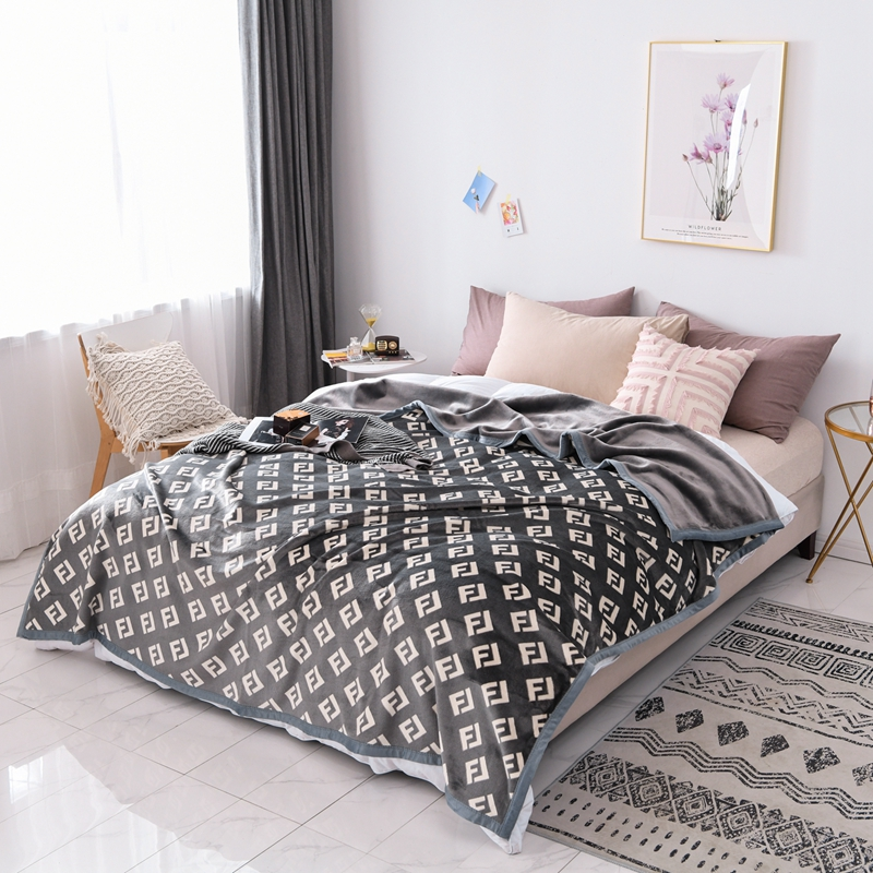 Luxury Flannel Blanket Winter Coral Cover Hot Super Warm Soft Throw Blankets For Sofa