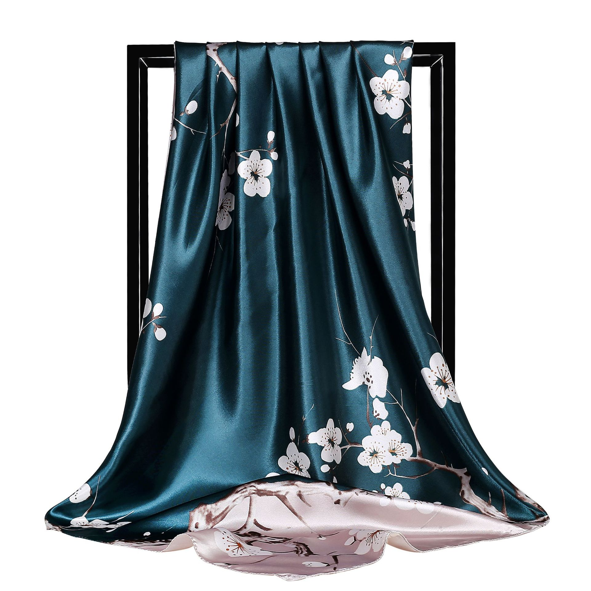 New Spring And Autumn Luxury Quality Silk Women's Printing Silk Scarves Tourism Square Scarf Fashion Seaside Sunscreen Shawl