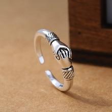 цена на 2019 New Retro Women 925 Sterling Silver Jewelry Ring Opening Handshake Creative Friendship Ring Fine Jewelry