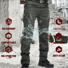 Taktyczne spodnie wojskowe męskie multi-pocket SWAT Combat spodnie wojskowe męskie IX9 wodoodporne odporne na zużycie Outdoor męskie spodnie Cargo tanie tanio ZHAN DI JI PU Cargo pants CN (pochodzenie) Mieszkanie Poliester COTTON spandex Kieszenie REGULAR IX9 Military Pants Men