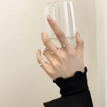 Женское кольцо с жемчугом и улыбкой из серебра 925 пробы
