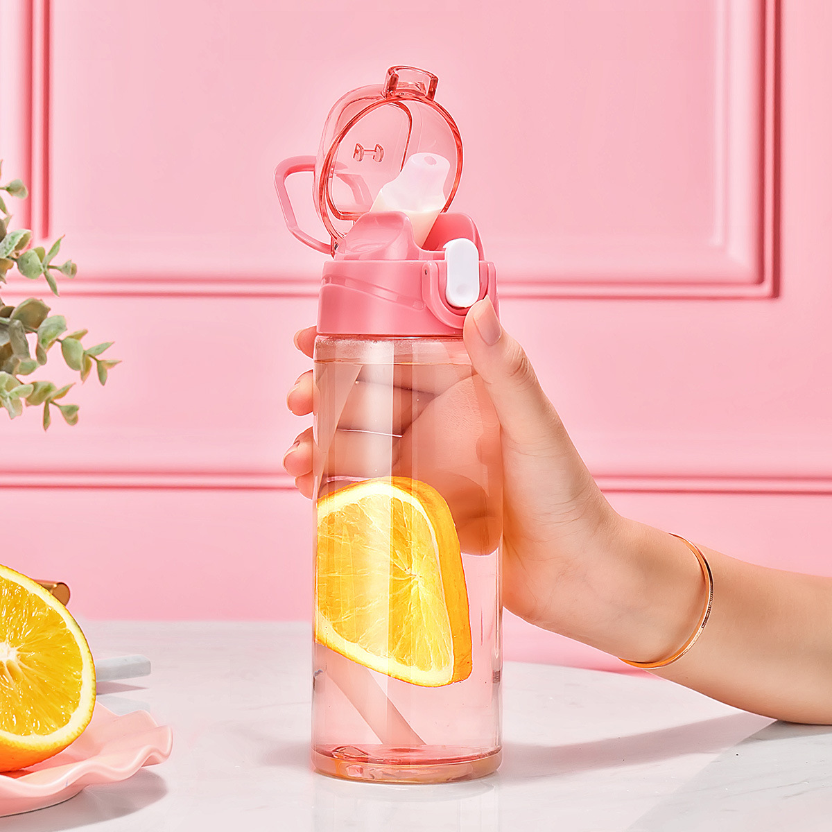 Relea Plastic Cup Outdoor Portable Sports Bottle Large Capacity Shatter-resistant Students Glass Children Cup With Straw