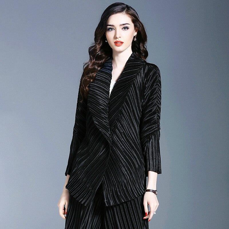 LANMREM 2020 New Fashion Pleated Lapel Cardigan Jacket Female's Personality High Quality Three Quarter Sleeve Coat Vestido YF548