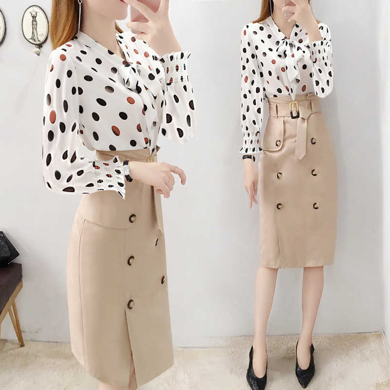 Fashion Women 2 Sets Clothing With Skirts Korean Style Two Piece Set Top And Skirt Polka Dot Luxury 2 Piece Set Women Woman Suit
