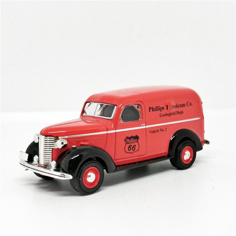 Greenlight 1:64 1939 Chevrolet Panel Truck Phillips 66 Orange No Box
