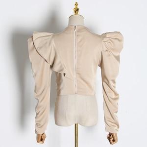 Image 4 - TWOTWINSTYLE 캐주얼 패치 워크 프릴 블라우스 여성 스탠드 칼라 퍼프 반소매 튜닉 셔링 셔츠 여성 패션 2020 신규