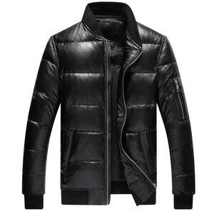 Image 3 - YR! Envío gratis. Abrigo de piel auténtica estilo casual clásico. 80% blanco plumón de pato abrigo de piel de oveja. Ropa de cuero caliente de invierno