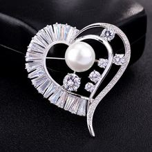 2019 New Womens Broches Luxury Brooch Pins Woman ABS Pearl Crystal Heart Brooches Mujer CH19BRO9192