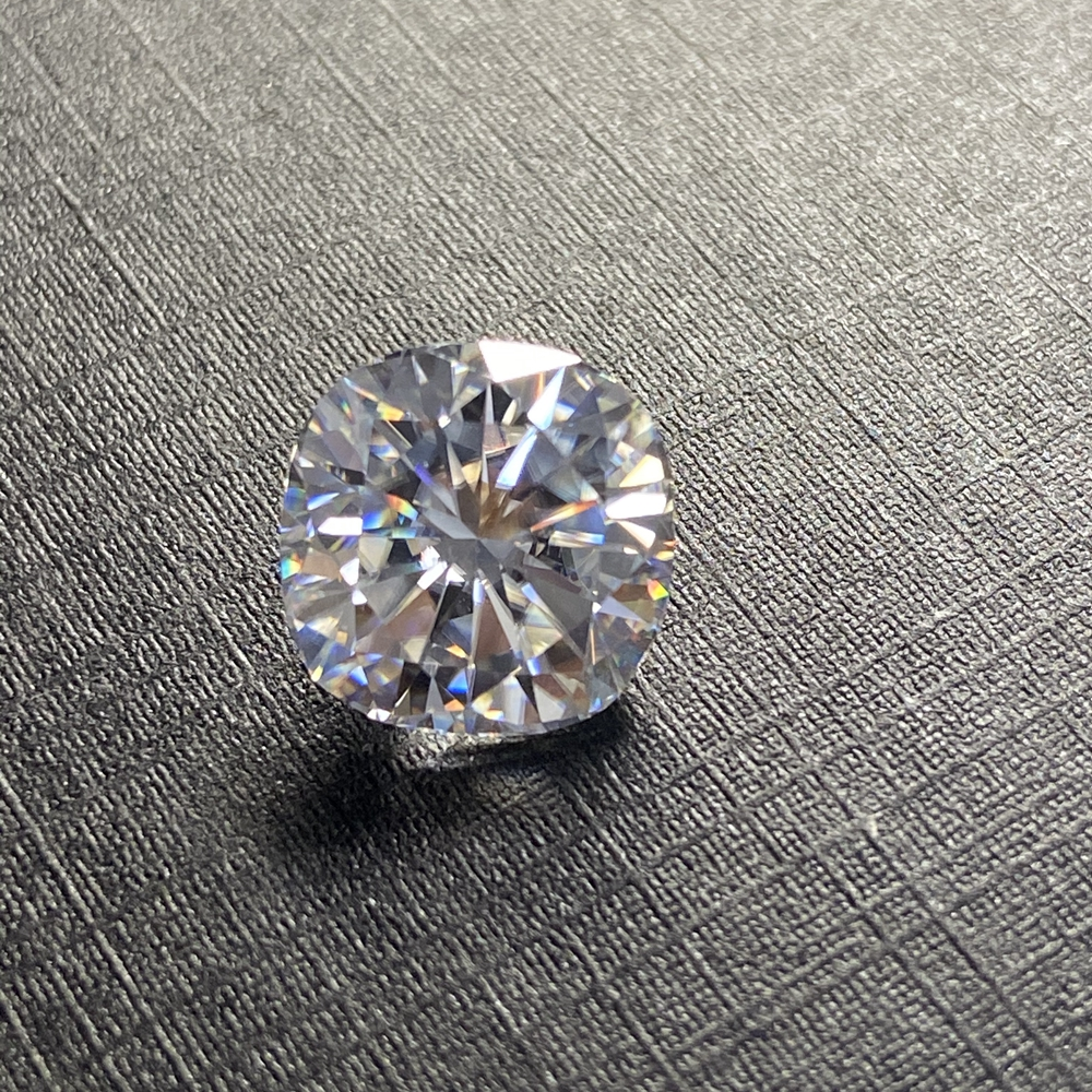 Cushion cut 8*8mm 2 cts Lab Created diamond Including The Certification On Sales Brilliant Cut moissanite diamond image