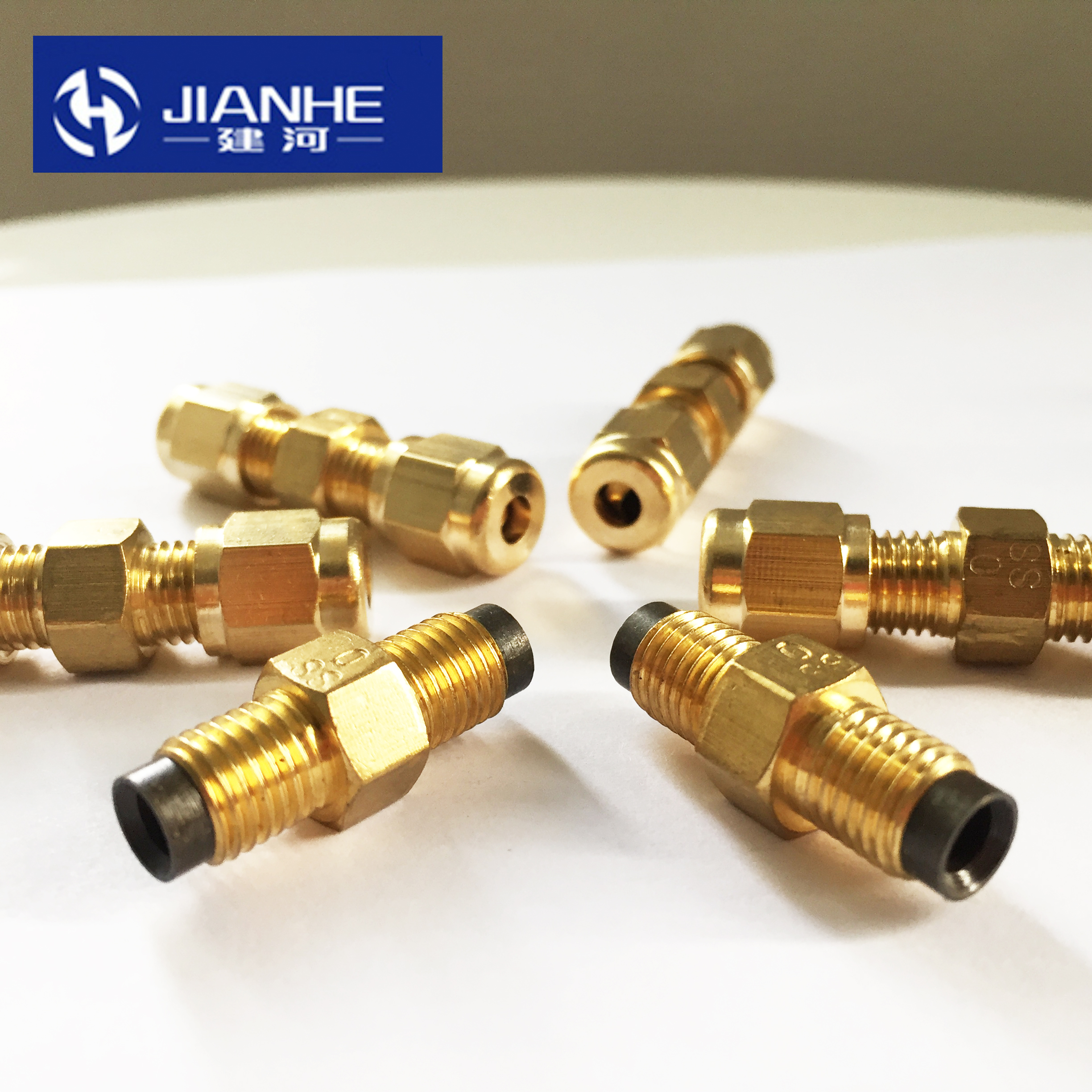 SS Type Brass Resistance Oil Flow Metering Unit Oil Distributor Separator Valve/divider DPC For Centralized Lubrication System