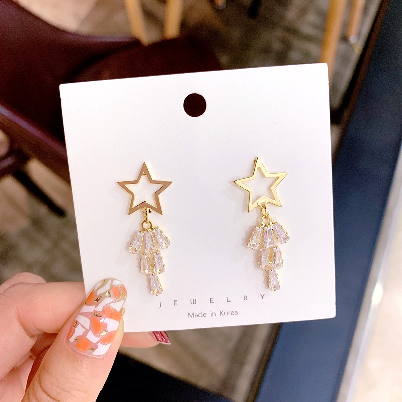 925 Silver Dongdaemun Five-pointed Star Tassels Ear Stud Crystal Inlaid Earrings Hollow out Star Man-made Diamond Cool Earrings