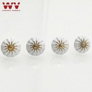 Image 5 - Malowane bańki paznokci Sofa paznokci dekoracji paznokci pinezki Tack antyczne paznokci okrągłe głowy paznokci może ściany biały kwiat paznokci sprzętu