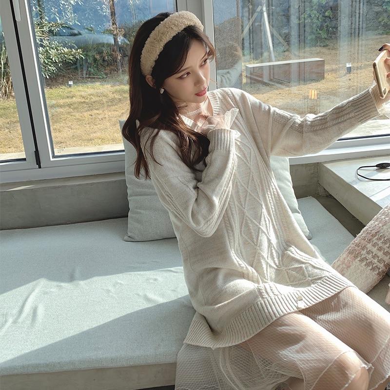 MISHOW Atumn Winter Lady Vneck Knit Dress Women Loose Causal Long Sleeve Lace Knee-Length Sweater Dress MX19D5917