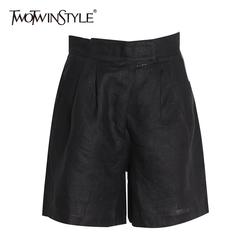 TWOTWINSTYLE Casual Ruched Black Women's Shorts Elastic High Waist Pocket Loose Short Pants Female Spring Fashion New 2020 Tide